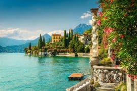 beautiful towns in Lake Como