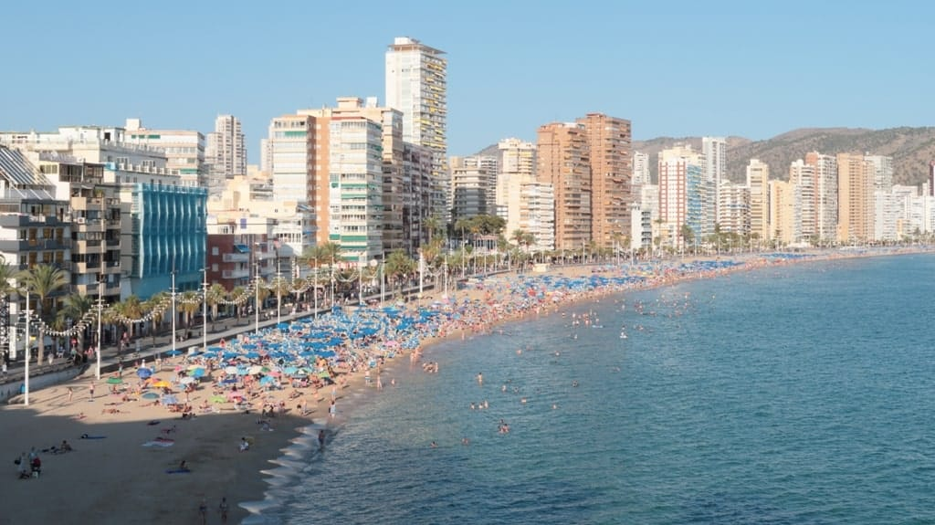 Levante Beach - 15 things to do in Benidorm, Spain