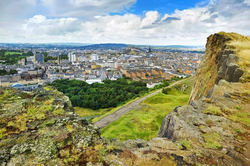 edinburgh panorama from Arthur's seat