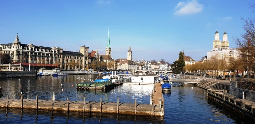 Zurich Lake - 2 days in Zurich in winter