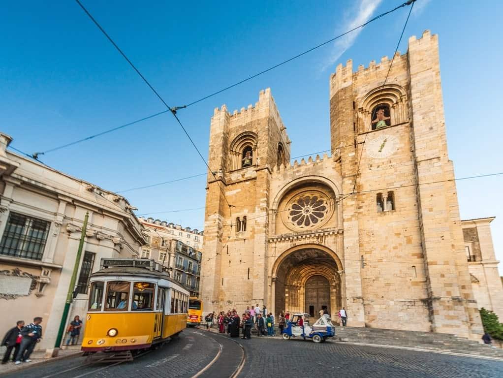 Sé de Lisboa - 4 day Lisbon itinerary