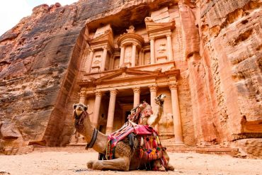 The Treasury - Things to do in Petra Jordan