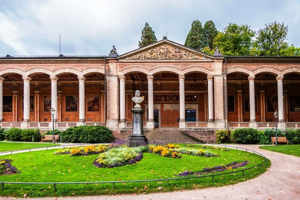 The Trinkhalle - things to do in Baden Baden
