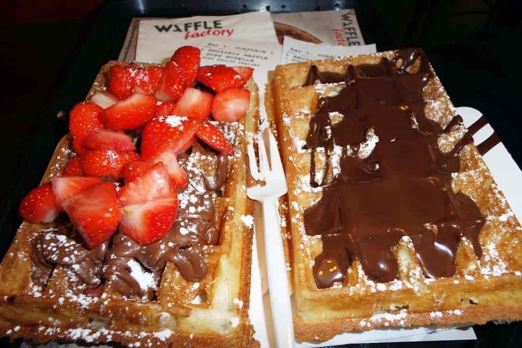 Eat waffles in Brussels in winter