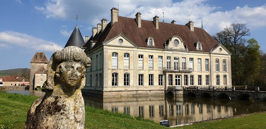 Chateau de Commarin - barge cruising in Burgundy