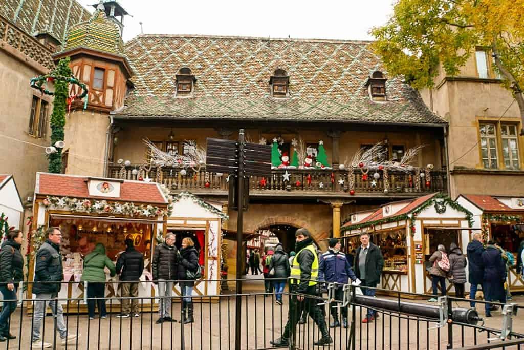 Visit Koifhus - winter in Colmar France