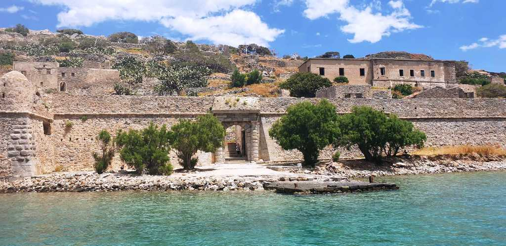 a guide to spinalonga island