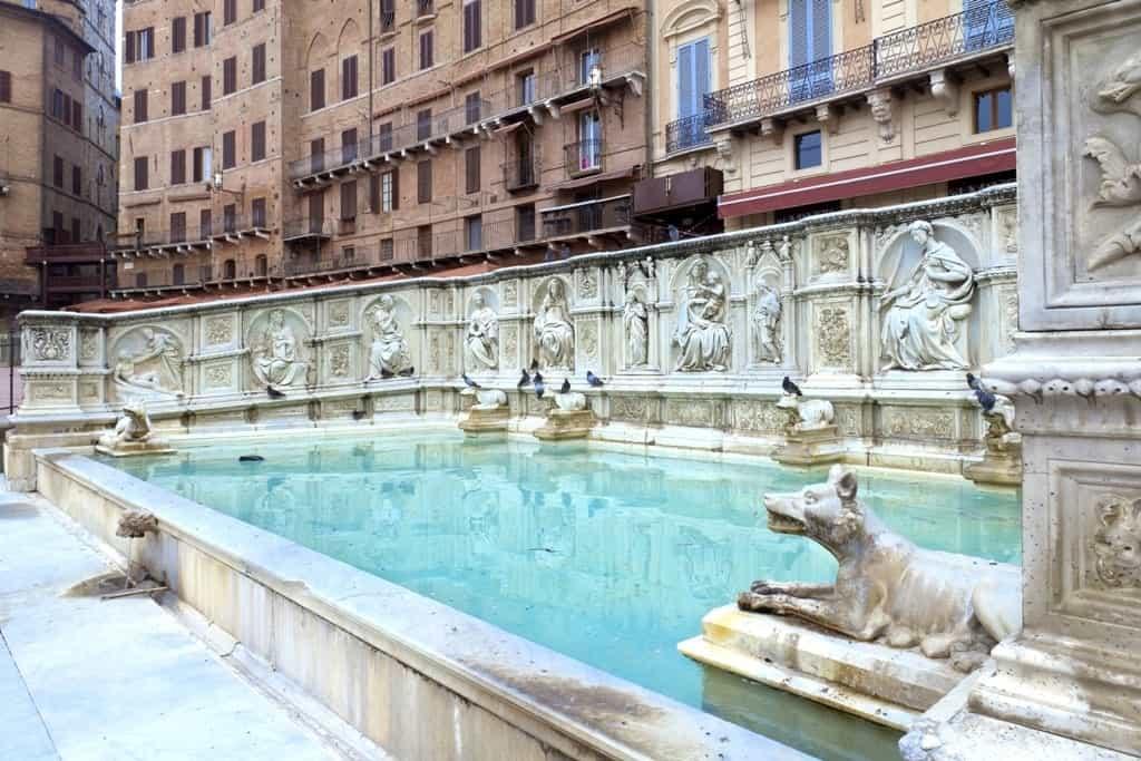 Fonte Gaia (Fountain of Joy), Piazza del Campo