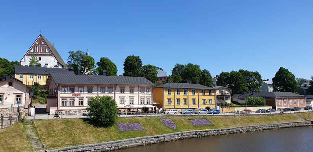 Next-to-the-river-Porvoo