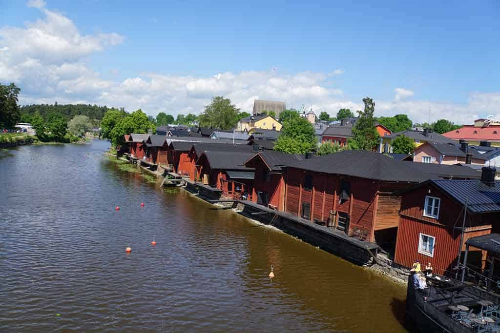 Red-Houses-in-Porvoo