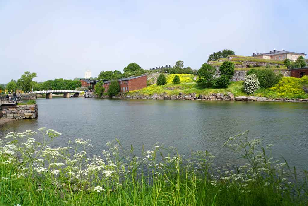 Suomenlinna-lake