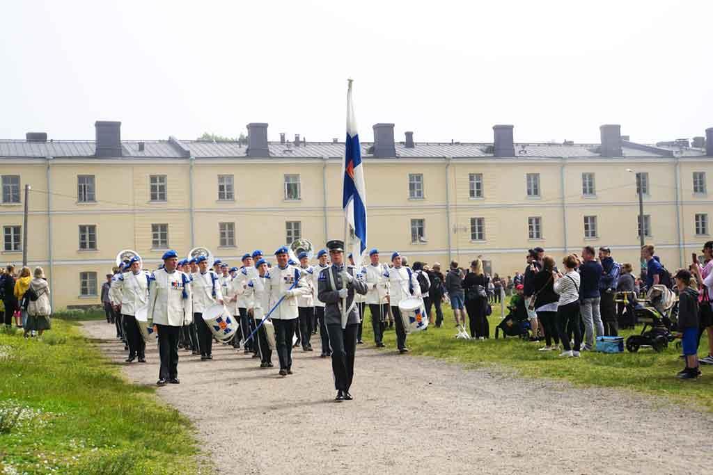 Suomenlinna-soldiers