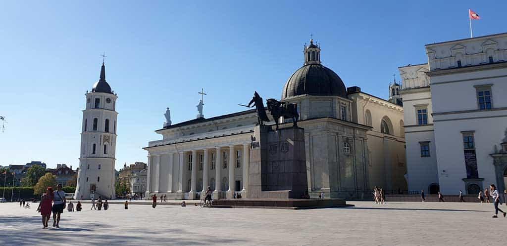 Vilnius-Cathedral-3