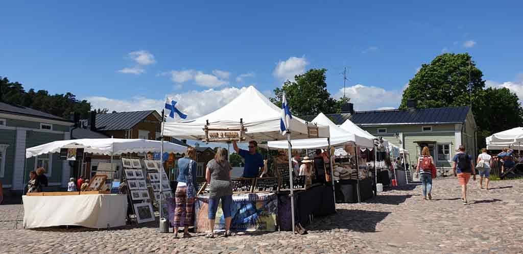 flea-market-in-Porvoo