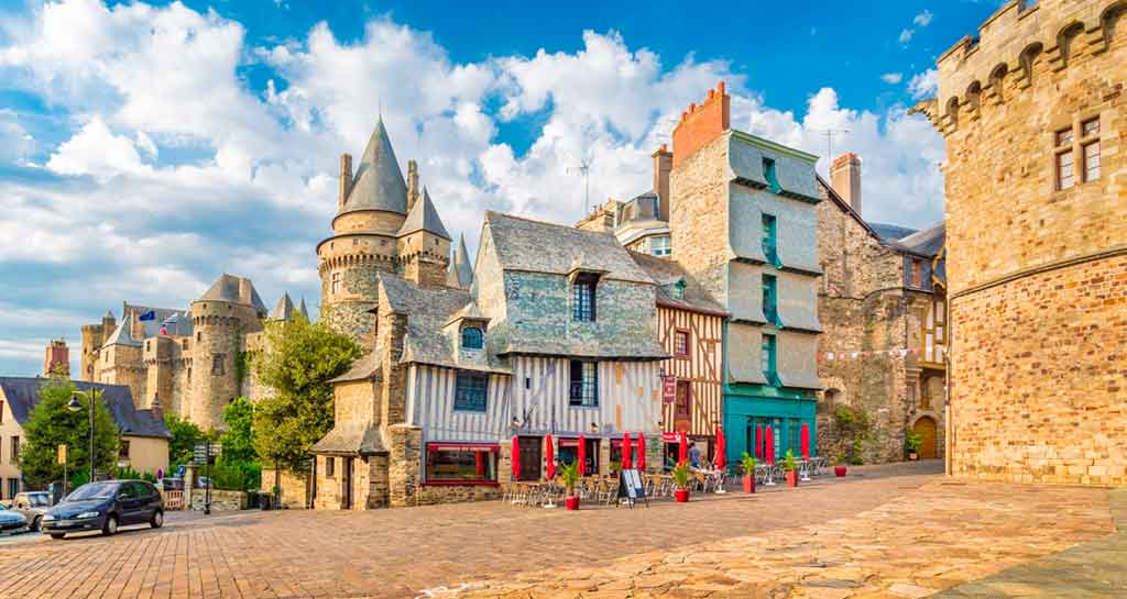 medieval villages and towns in France Vitre