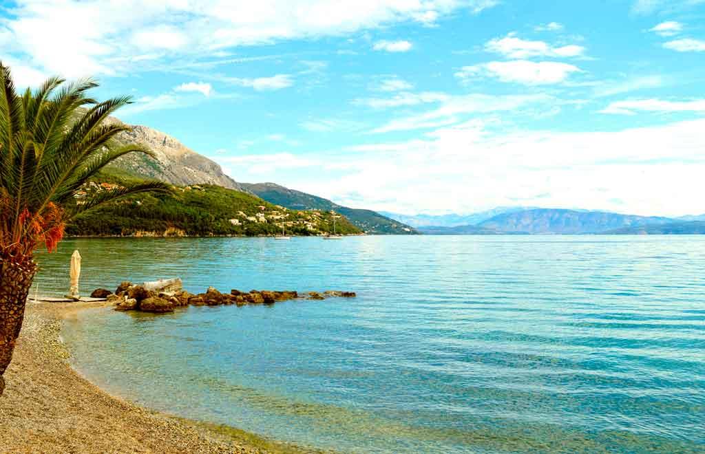 Best beaches in Corfu-Ipsos-beach