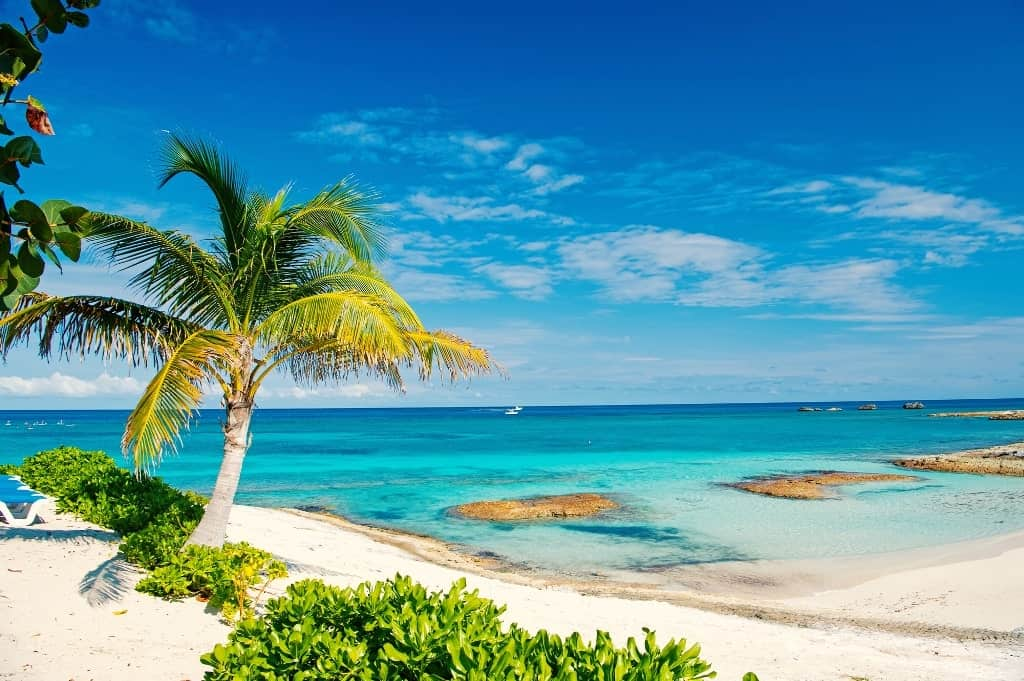 bahamas - Warm places to go in January