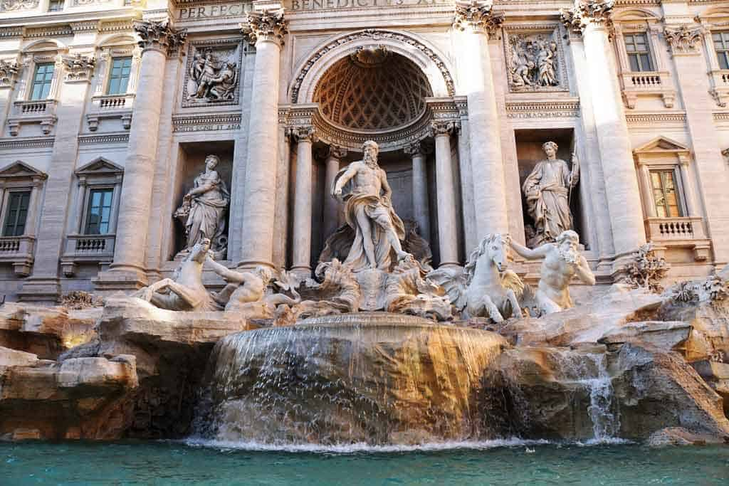 Things to do in Rome-Fontana di Trevi