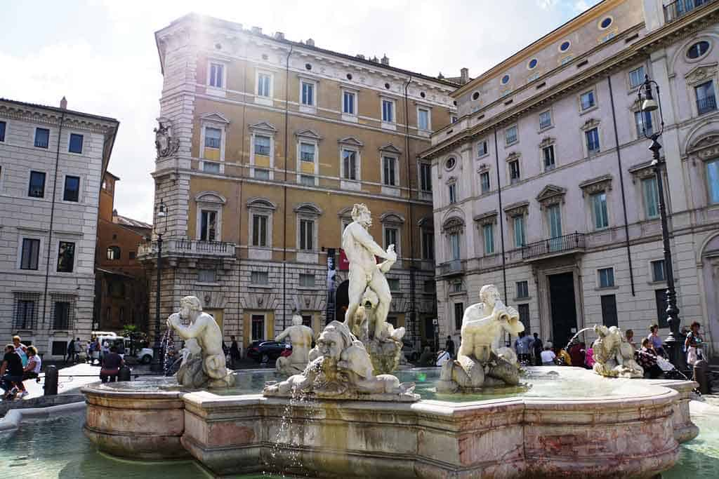 Things to do in Rome-piazza-navona