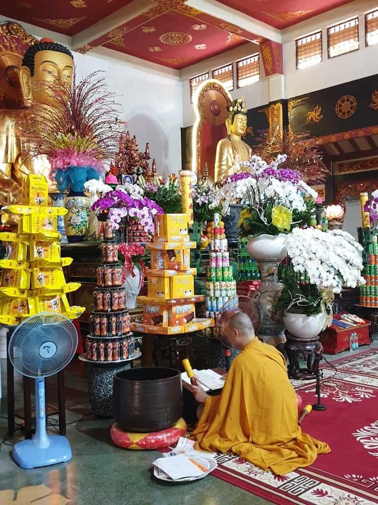 Vĩnh Nghiêm Pagoda - 2 days in Ho Chi Minh