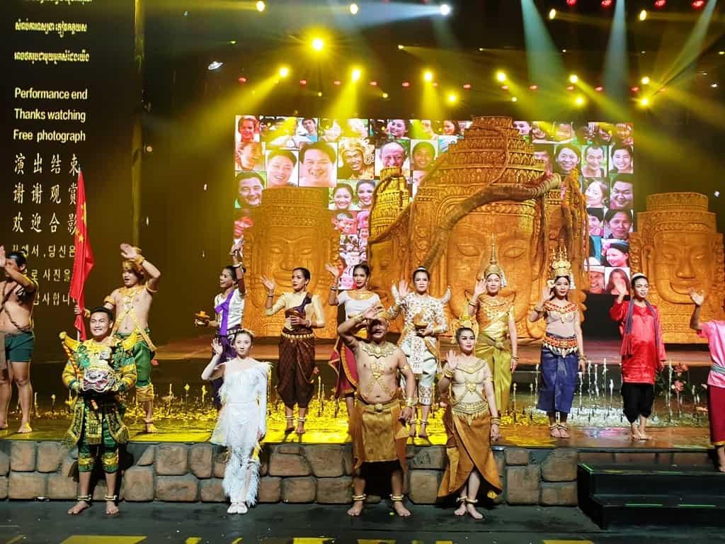 Smile of Angkor Grand E-pic Show