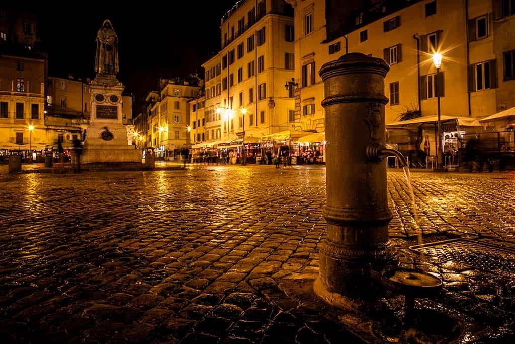 Campo de Fiori - Rome at night