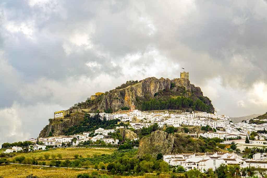 Zahara de la Sierra - Pueblos Blanco Andalucia