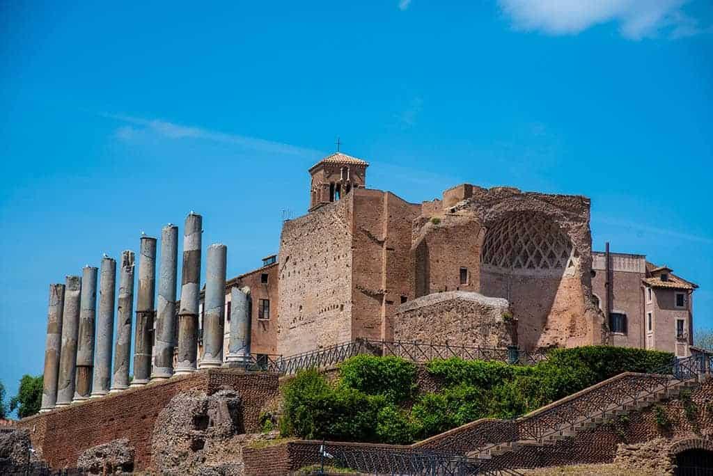 Domus aurea - Rome travel Guide