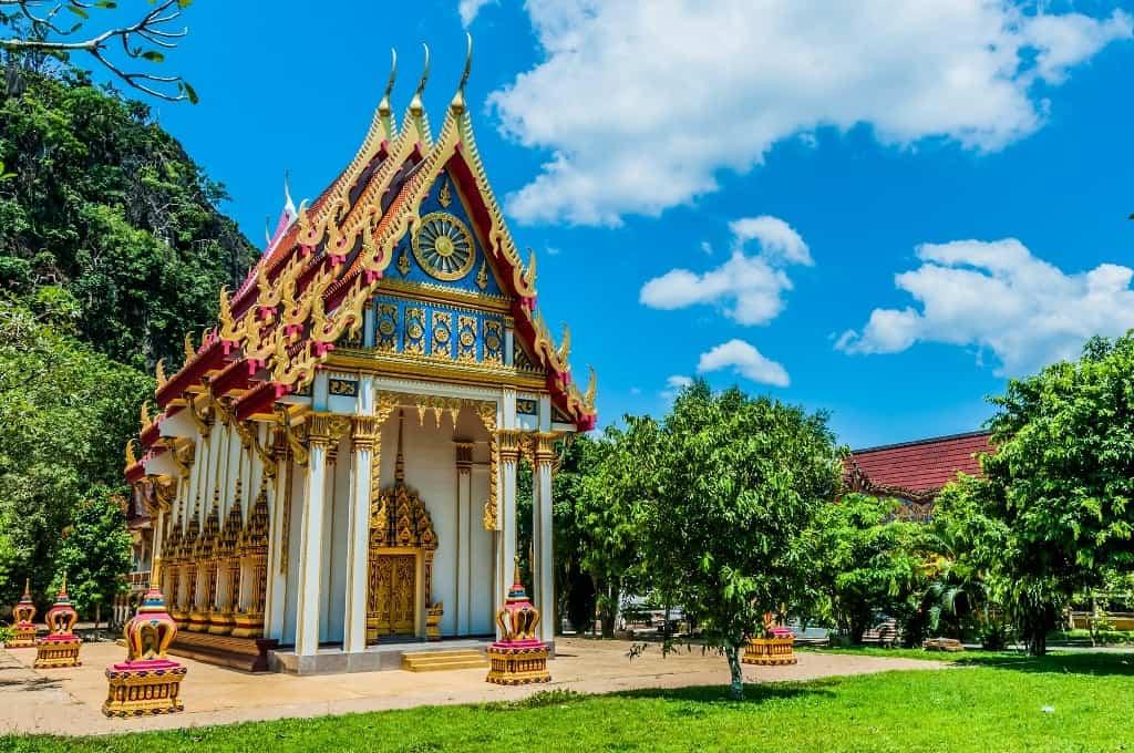 Phang Nga temple Phuket in 3 days