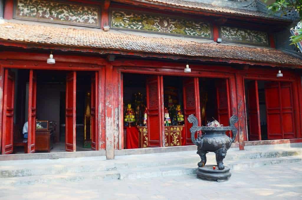 Temple of the Jade Mountain - Hanoi itinerary