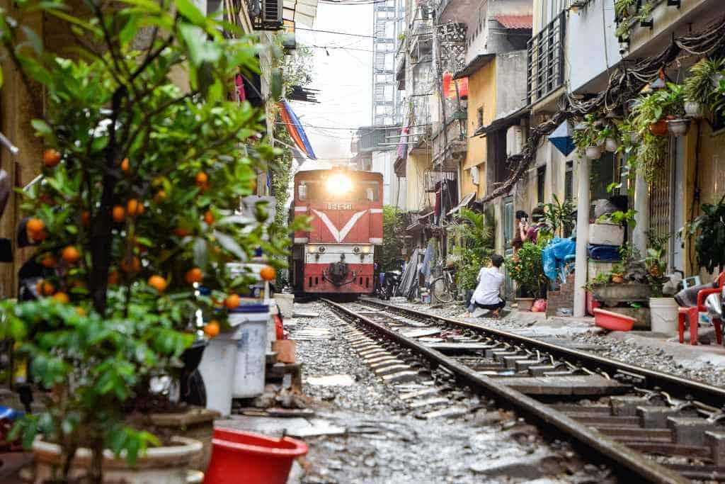 train street - 4 days in Hanoi