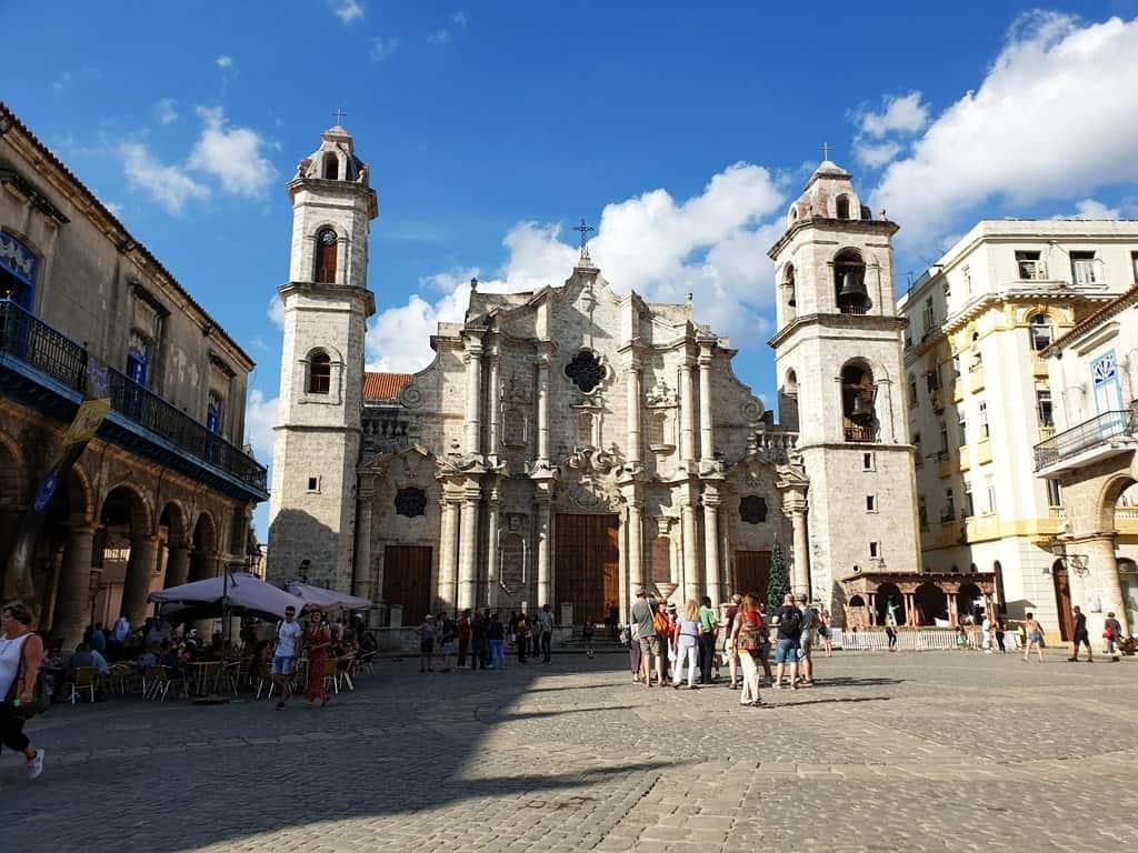 Plaza de la Catedral - 3 days in Havana