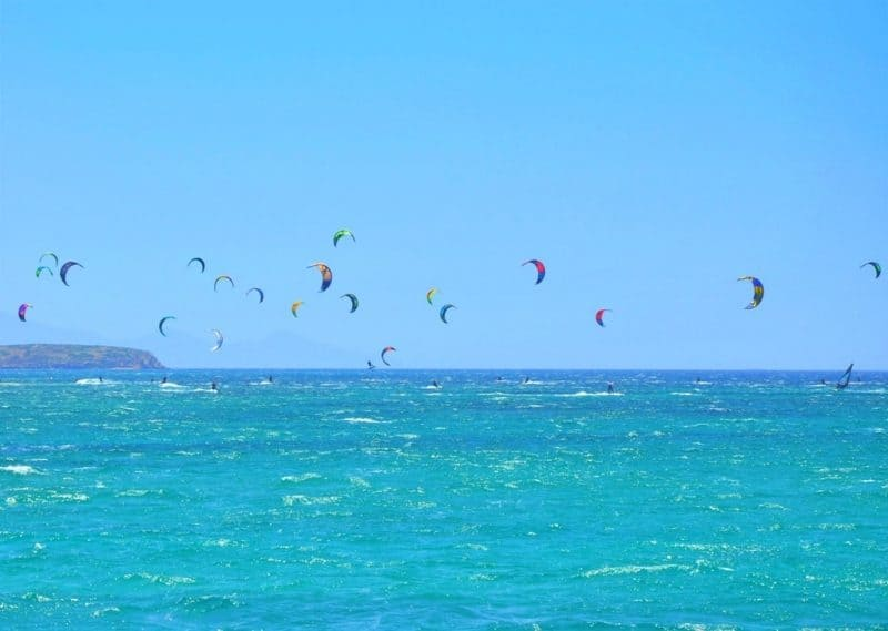 Kitesurfing and windsurfing - Things to do in Paros