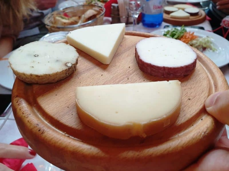 traditional cheeses in Metsovo